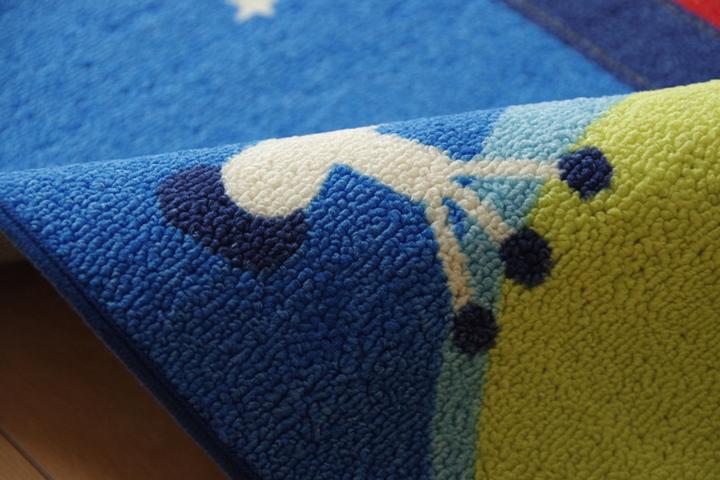 デスクカーペット 男の子 宇宙柄 『スペース』 ブルー 133×170cm(生地アップ)