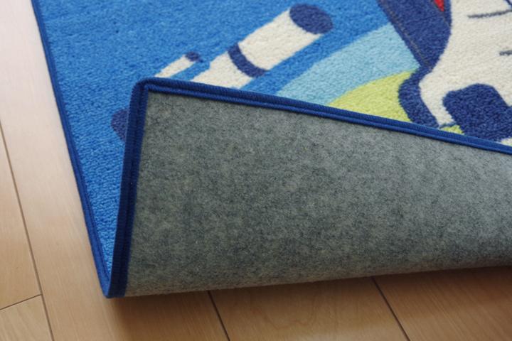 デスクカーペット 男の子 宇宙柄 『スペース』 ブルー 133×170cm(裏面)