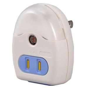 コンセント付ナイトライト センサー式 ホワイト R39MS−W