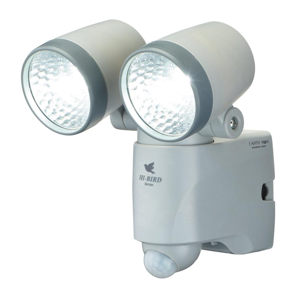 高儀 EARTH MAN 乾電池式 LEDセンサーライト ダブル SLT-110 乾電池別売(単3形X3本使用) 【防犯ライト】